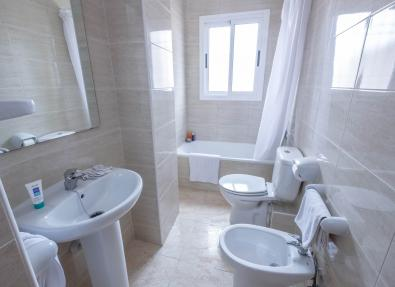Salles de bain Appartements California Salou Tarragona