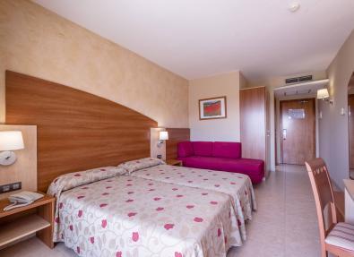 Large Room Hotel California Palace Salou Tarragona