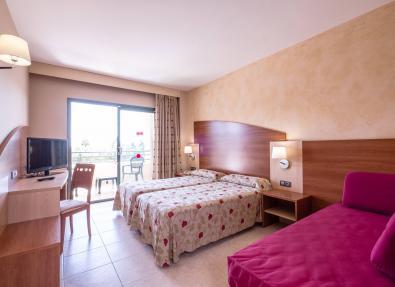 Seaviews double room Hotel California Palace Salou