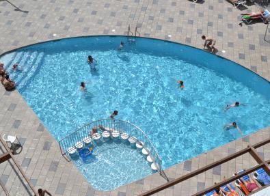 Outdoor pool Hotel California Garden Salou Tarragona