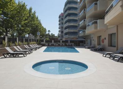 Outdoor pools  Apartments California Salou Tarragona