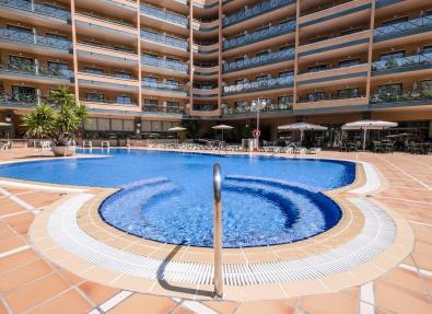 Exterior and pool Hotel California Palace Salou Tarragona