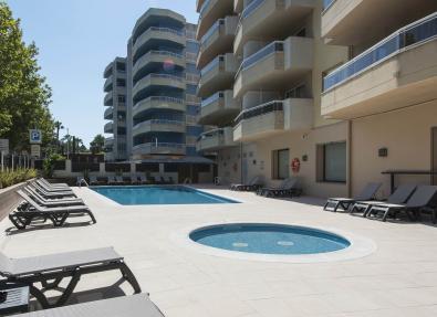 Piscines i exteriors Apartaments California Salou Tarragona
