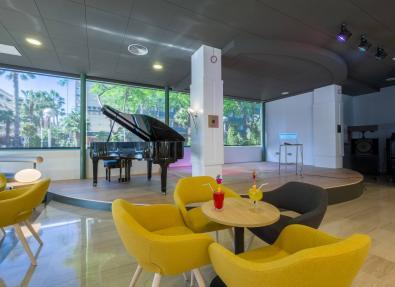 Piano bar Hotel california Palace Salou Tarragona