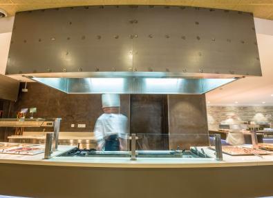 Restaurant kitchen California Apartments Salou Tarragona