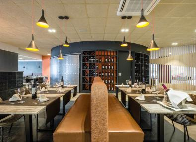 Restaurant buffet California Apartments  Salou Tarragona