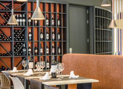Restaurant buffet Apartments California Salou Tarragona